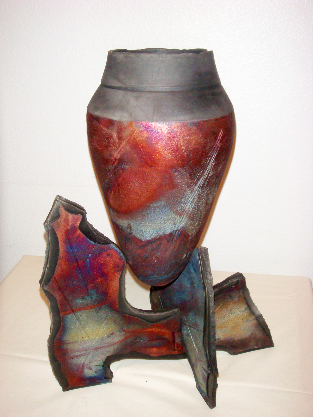 Rauk Vase and Pedestal